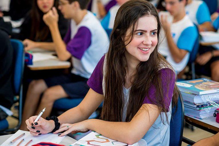 Colégio-Planck-Ensino-Médio-(3)